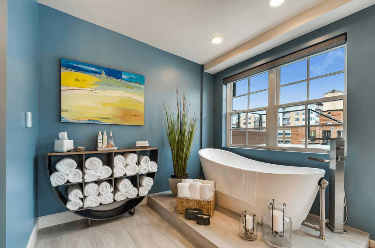 color bathroom design 4